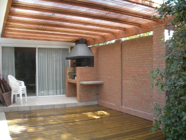 1000 images about pergolas madera on pinterest pergolas - Patios de casas ...