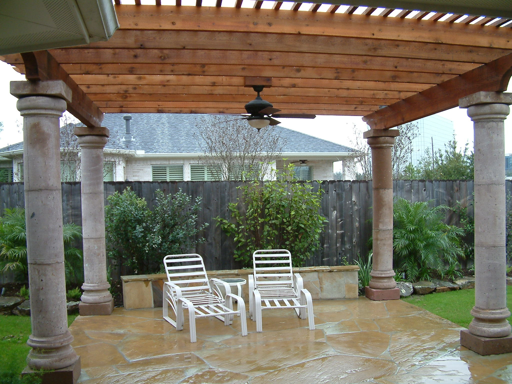 Landscape simple landscaping pergolas de madera para for Tipos de techos para porches