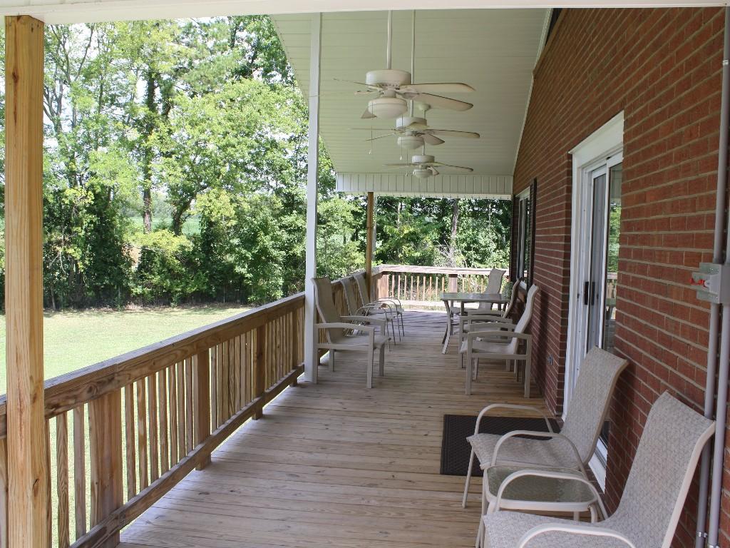 Ventiladores de techo para terrazas y p rgolas for Ventiladores de techo alcampo