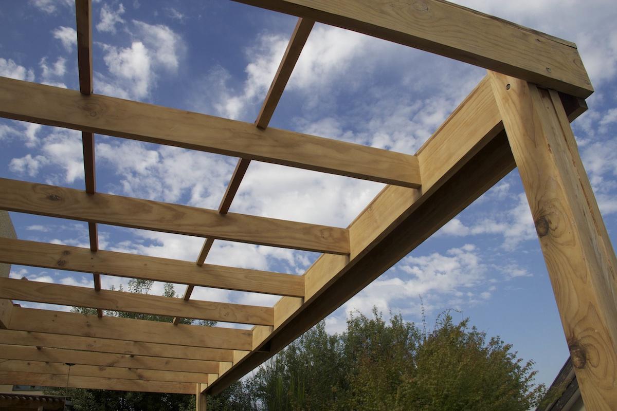Cobertizos en madera construcci n y mantenimiento for Como fabricar un kiosco de madera